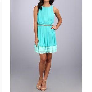 Jessica Simpson teal sleeveless pleated dress